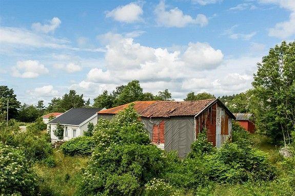 Håland - Eldre landbruk med 225 mål mark og låve. -