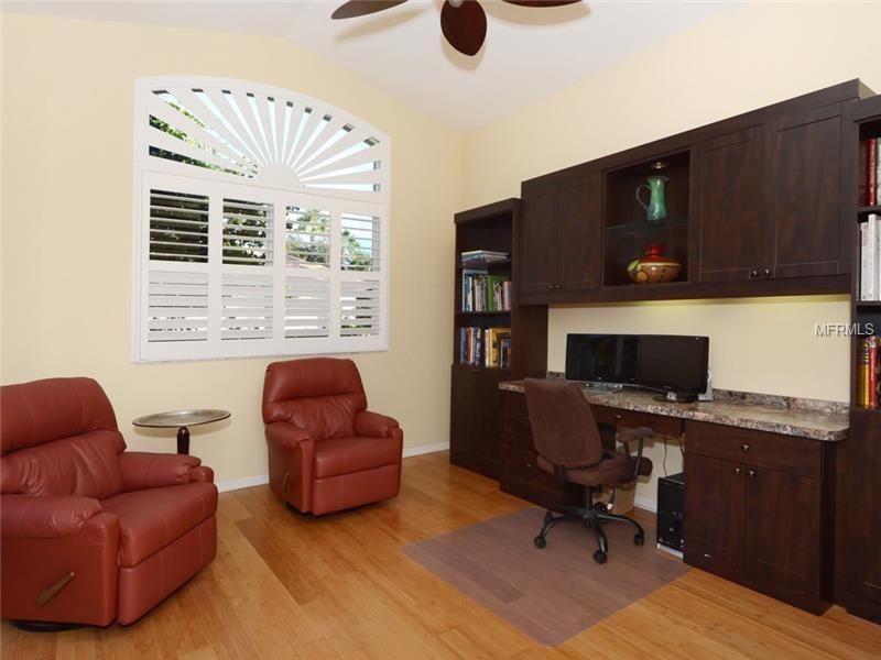 8005 Royal Birkdale Cir Lakewood Ranch Property Listing Mls A4104911 Home Home Decor Furniture
