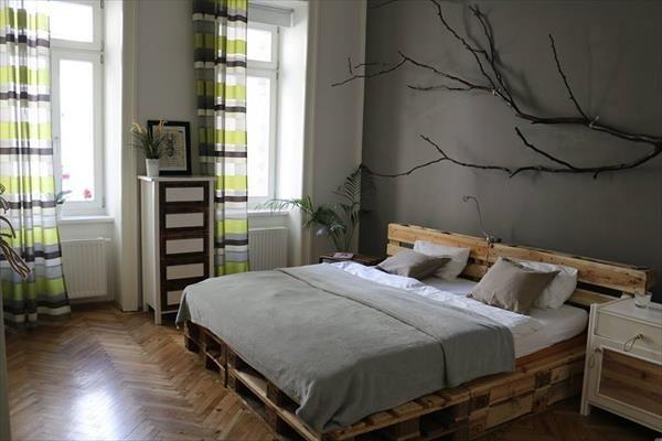 Artesania con palets - cien ideas para amueblar reciclando Cama - camas con tarimas