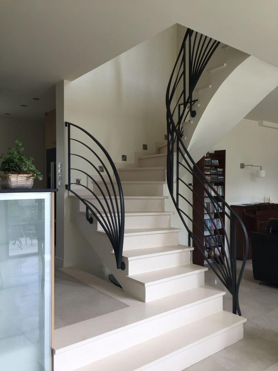 l 39 escalier en voute sarrasine et sa rampe en fer forg hand rails staircase railings stair. Black Bedroom Furniture Sets. Home Design Ideas