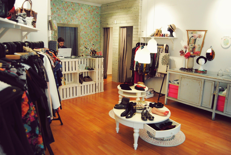 Interiores tiendas vintage buscar con google mostrador for Tiendas de decoracion en zaragoza