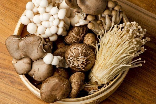 秋はきのこの季節!種類別効能やおすすめレシピを知ろう