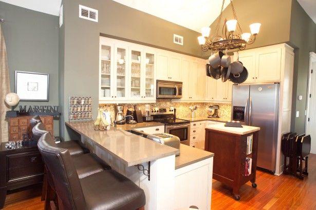 Split Level Bench Breakfast Bar Modern Kitchen Design Kitchen