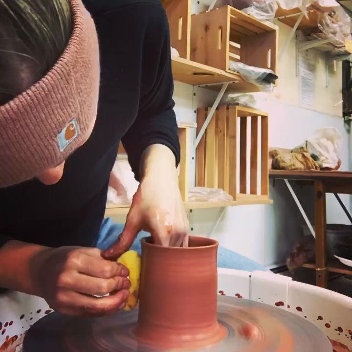 #makesomethingeveryday #honortheprocess #doingthework #pottersofinstagram #makersgonnamake #colorpop #madeinny #nypotter #smallbatchpotter #keeptruckin #makersvillage #contemporarycraft #modernceramics #mudlove #claycrush #etsyseller #instapottery #makersmovement #ceramicsaretrending