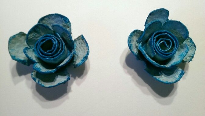 rosenbl ten aus eierkarton eierkarton pinterest rosenbl ten eierkartons und blumen aus papier. Black Bedroom Furniture Sets. Home Design Ideas