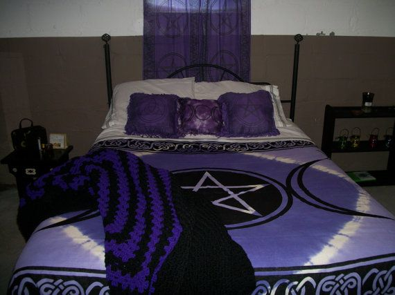 wiccan bedroom | Wicca | Wiccan home, Bed ensemble, Bed