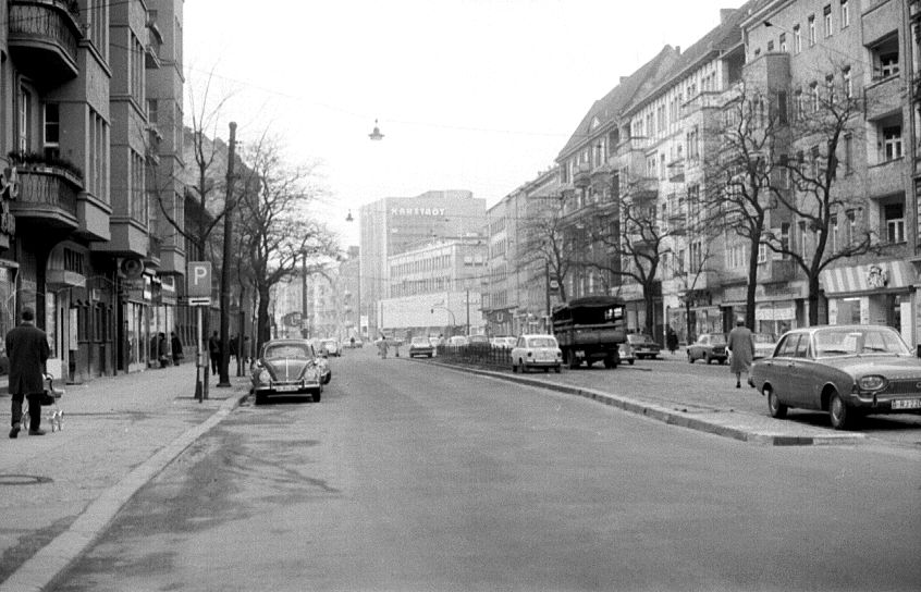 karl marx stra e richtung hermannplatz neuk lln 1966 berlin my hometown berlin. Black Bedroom Furniture Sets. Home Design Ideas