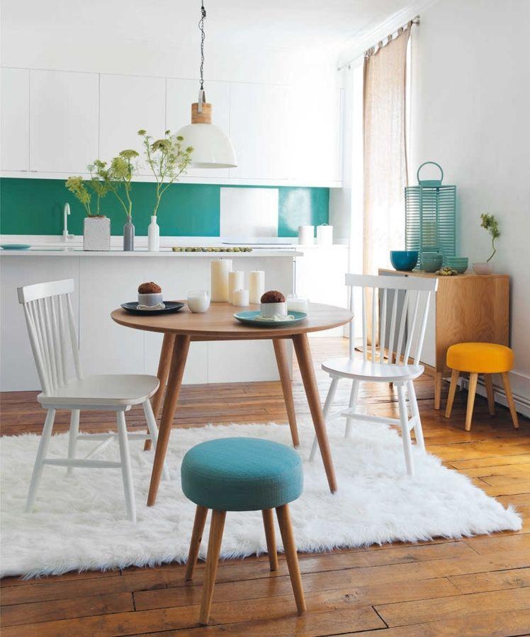 mesa de comedor con alfombra blanca Colores para el salón y