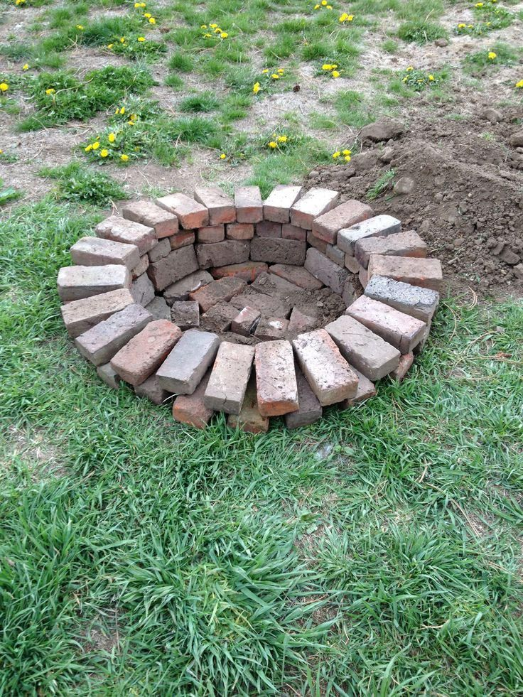 Red brick fire pit ideas fire pit pinterest bricks for Fire pit plans