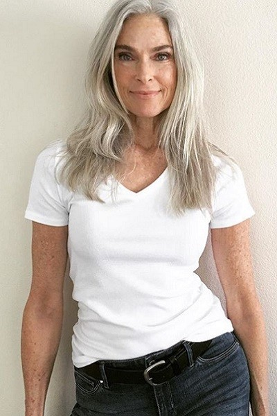 Top Tips For Letting Your Hair Go Gray (With images ...