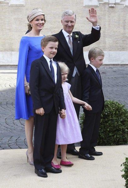 Koningin Mathilde, Koning Filip, prins Emmanuel, Prinses Eleonore en prins Gabriel.