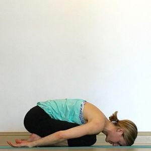 childs pose  yin yoga yin yoga sequence gentle yoga