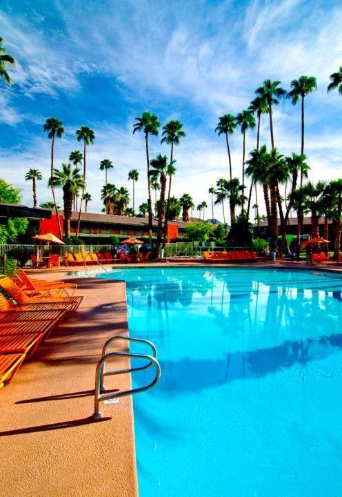 Caliente Tropics Resort Palm Springs Ca