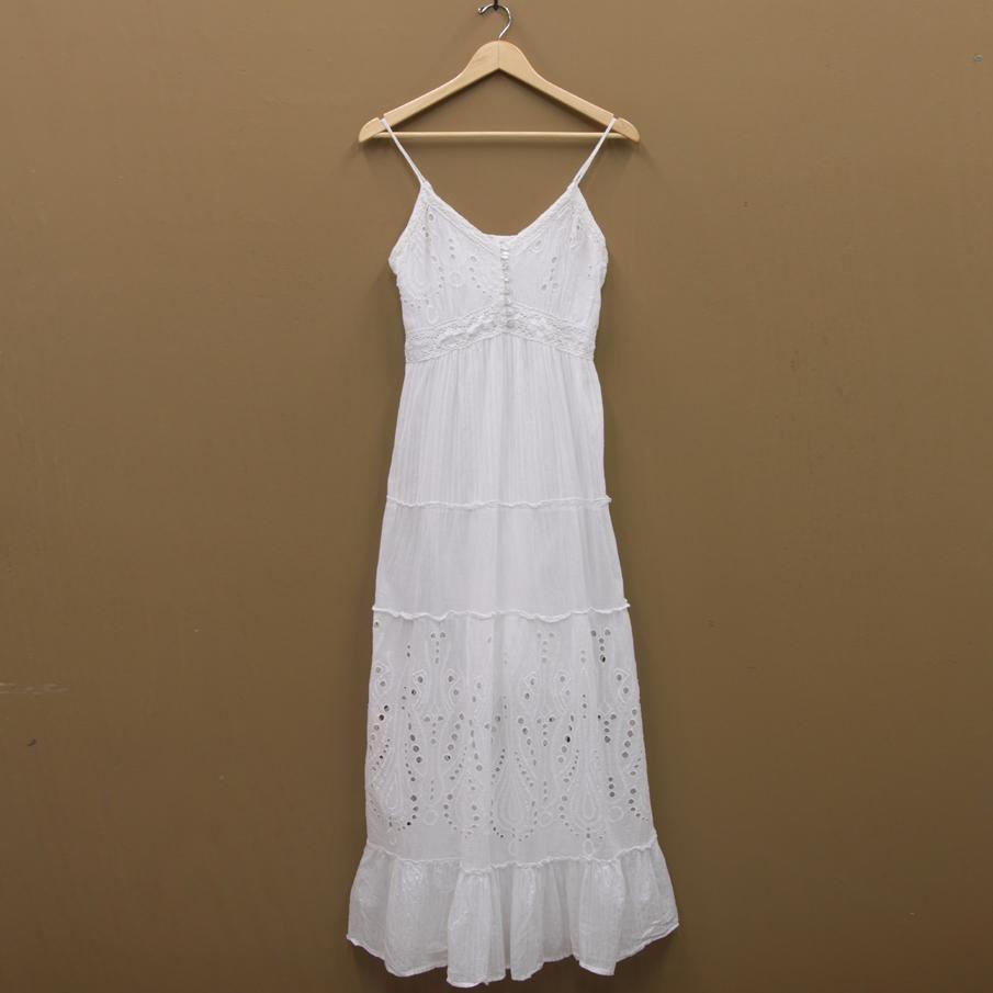 white sun dress   ... Est. 1939   San Saba, TX - ST-43895   Bila ...
