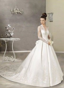 Classic wedding gown . . .Reminds me of the gown