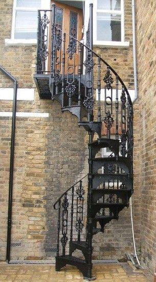 Loft centre victorian cast iron spiral stair victorian for Victorian spiral staircase