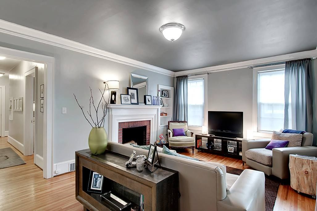 Like The Light Gray Walls And Dark Gray Ceiling Living Room In