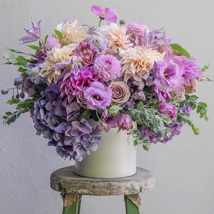 Pin By Rita Leydon On Lilac In 2020 Flower Delivery Flower Arrangements Flowers