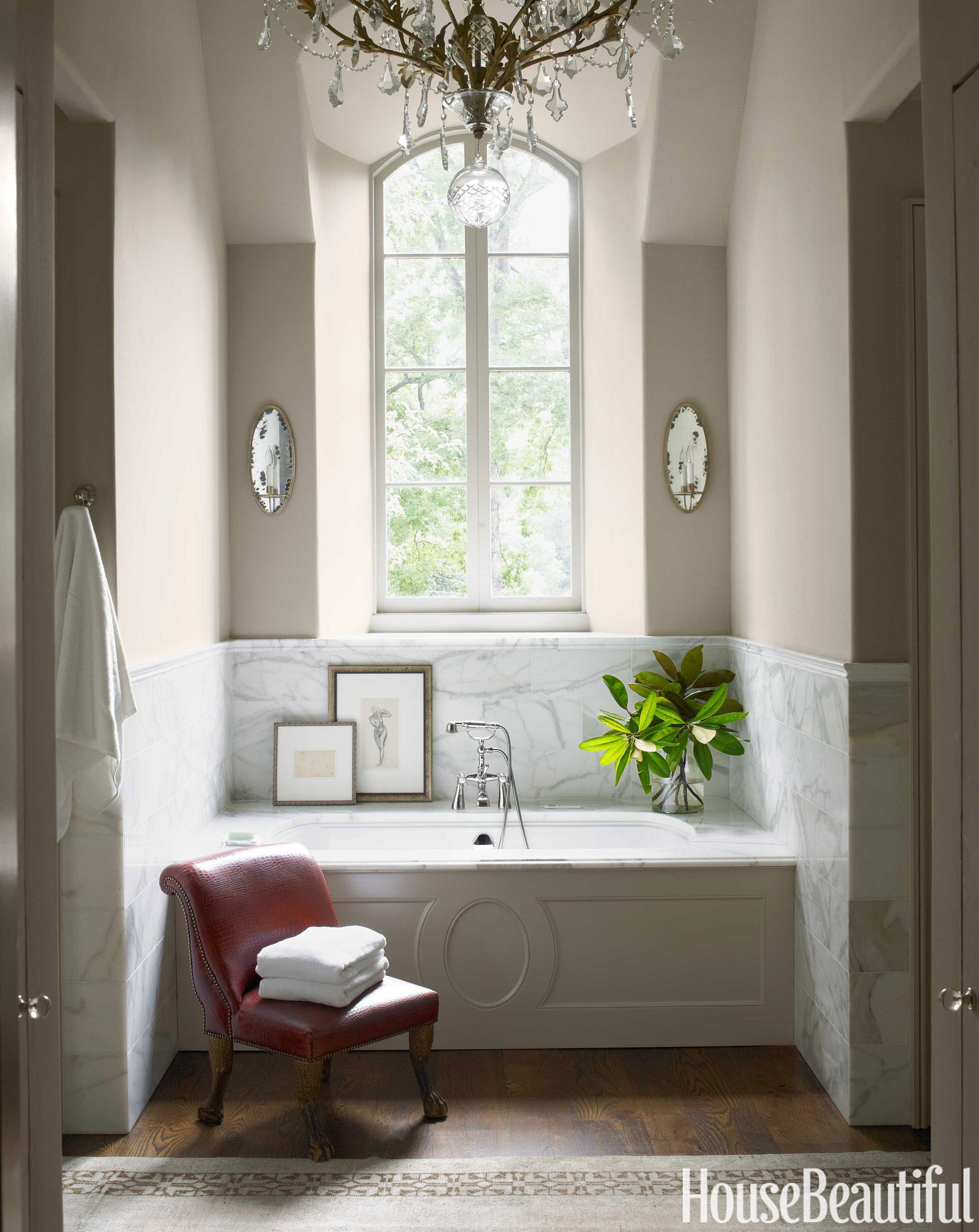 When Couples Clash on Decor | Tubs, Towels and Bath