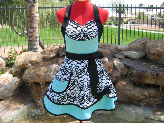 Damask apron #sewing #apron