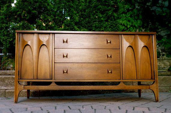 Best Broyhill Brasilia Mcm Credenza Dresser Mid Century 400 x 300