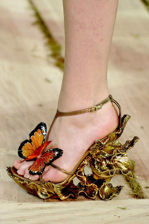 Lyst - Alexander McQueen Flat Sandal With Chains in Black