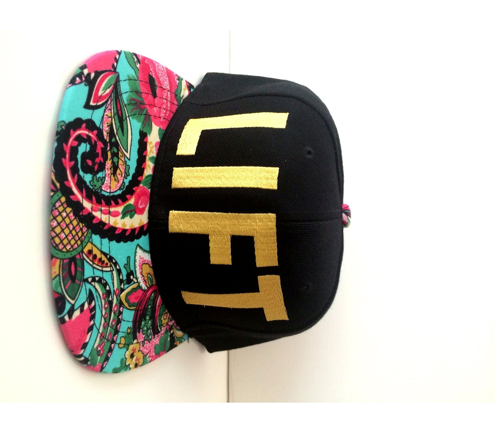 LIFT GOLD BANDANA SNAPBACK HAT