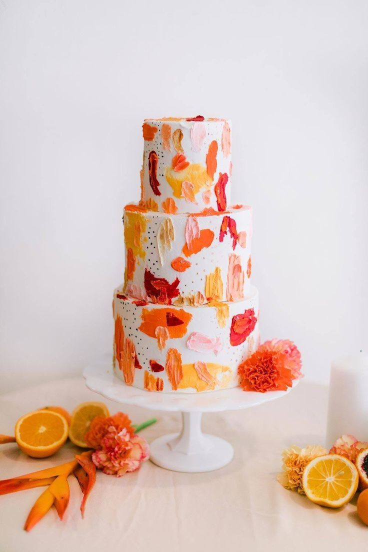 fall leaves wedding cake #tropicalpattern