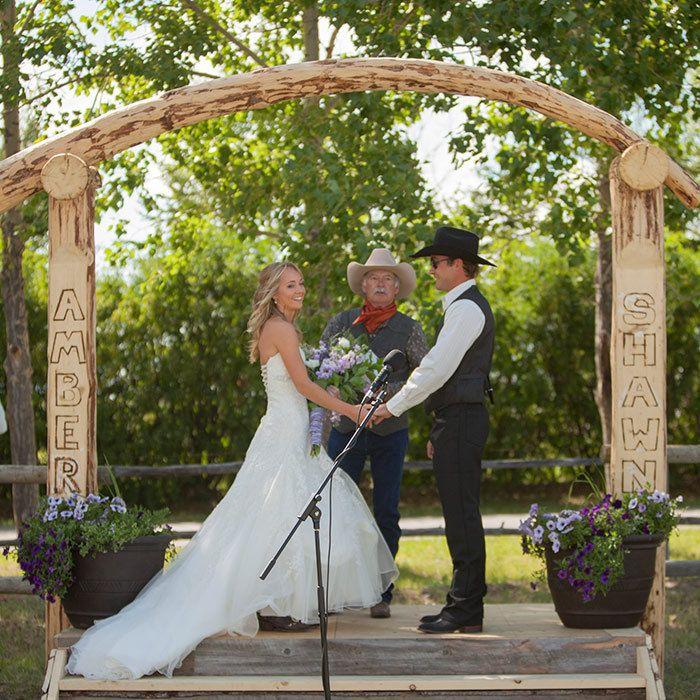 Altarpiece Wedding: Heartland Actress Amber Marshall's Rustic Ranch Wedding