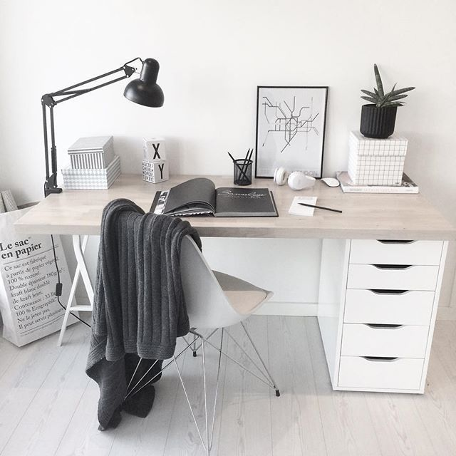 22 Scandinavian Home Office Designs Decorating Ideas: Simple Desk Design. Scandi Decor, Scandinavian Design