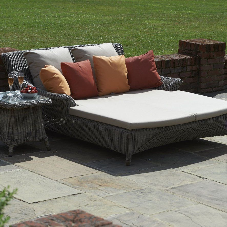double day bedvalentine outdoor garden lounger