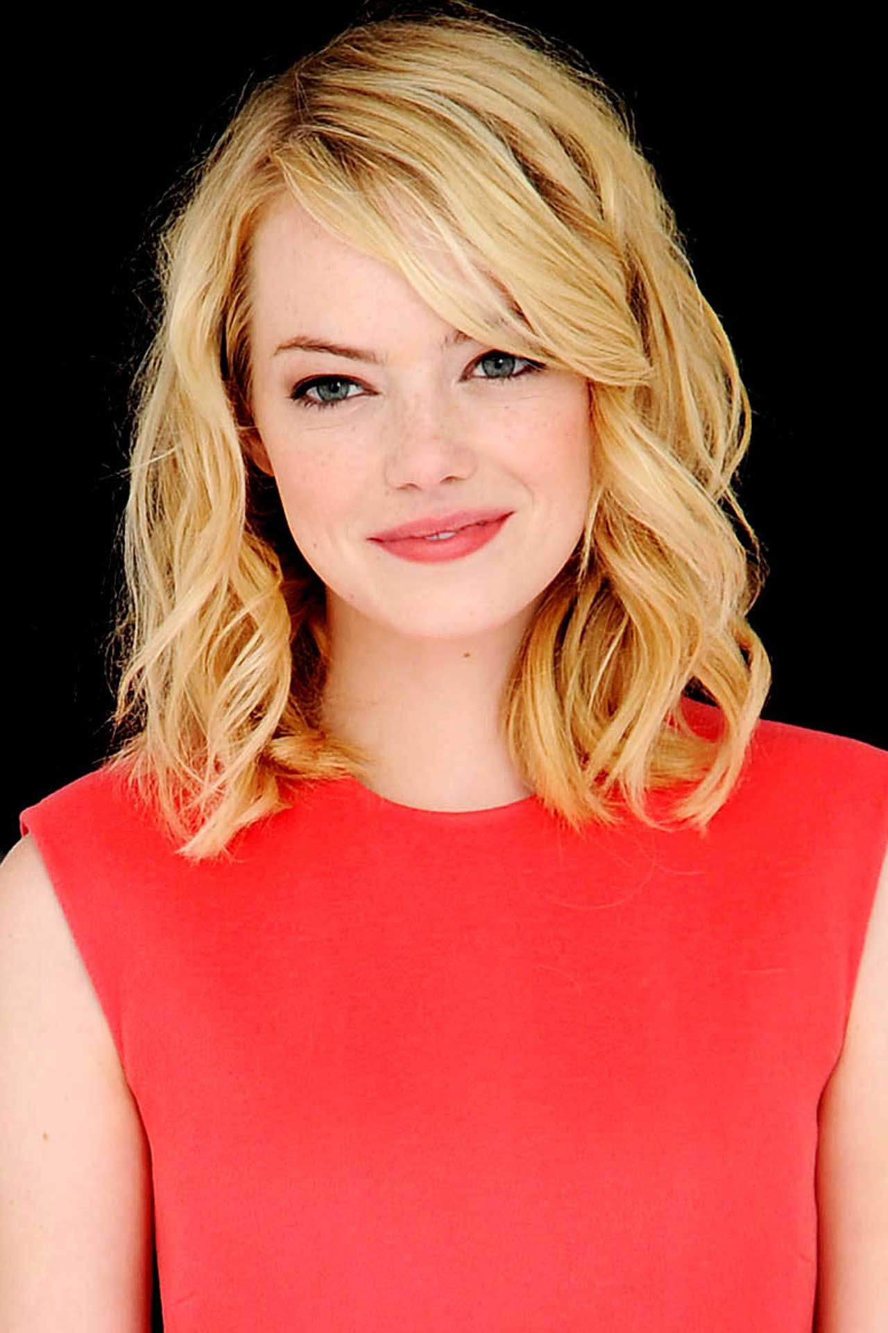 Emma Stone Hair Style File Hairstyles And Colour Vogue Com Uk Hair Styles Emma Stone Hair Hair Lengths