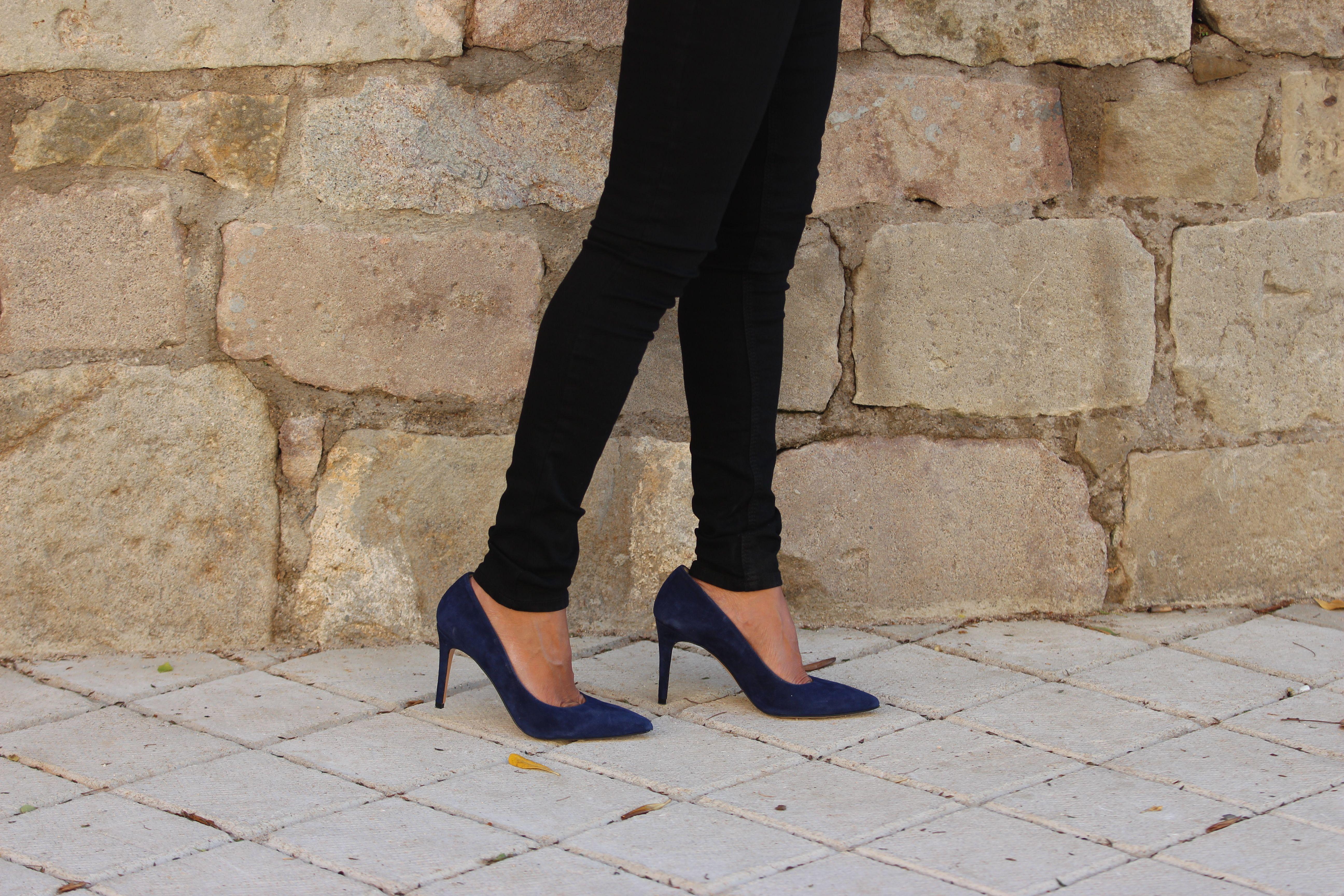 Escarpins cuir daim bleu marine | Daim bleu, Escarpins cuir