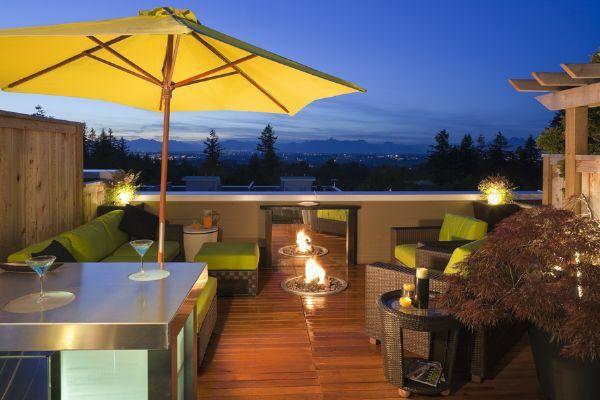 Sichtschutz für Terrassen – coole und herrliche Bilder von Terrassen Designs - Sichtschutz für Terrassen  beige auflage grau gelb sonnenschirm
