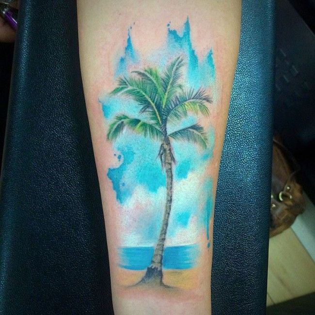 50 Superb Palm Tree Tattoo Designs And Meaning Palmen Tattoos
