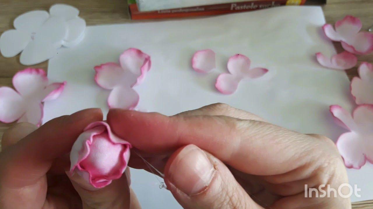 Kwiaty Z Foamiranu Bez Wykrojnikow Peonia Tutorial Foam Flowers Foam Crafts Cardmaking