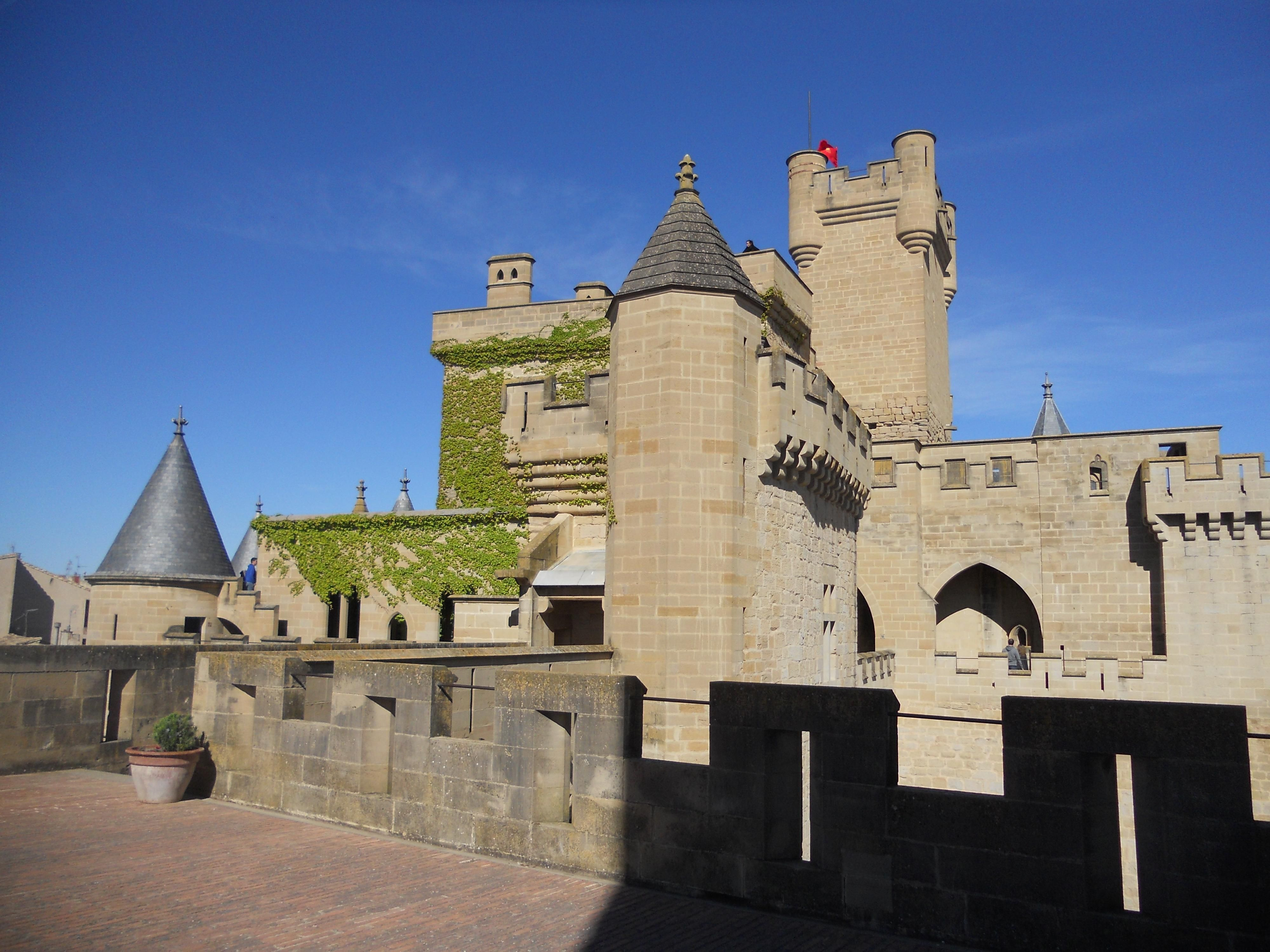 Olite Tourism: TripAdvisor has 3,658 reviews of Olite Hotels, Attractions, and Restaurants making it your best Olite resource.