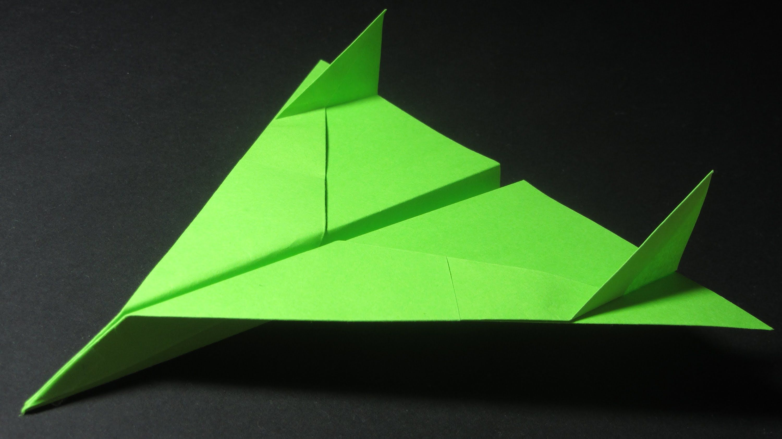 How to make a Paper Airplane - Paper Airplanes - Best ... - photo#46