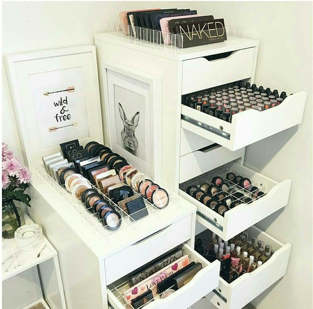 rangement pour maquillage maquillage pinterest rangement maquillage et rangements maquillage. Black Bedroom Furniture Sets. Home Design Ideas