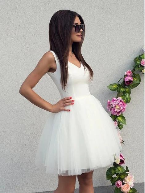 V Neck White Tulle Short Dresses, White Tulle Formal Homecoming Graduation Evening Dresses S5056