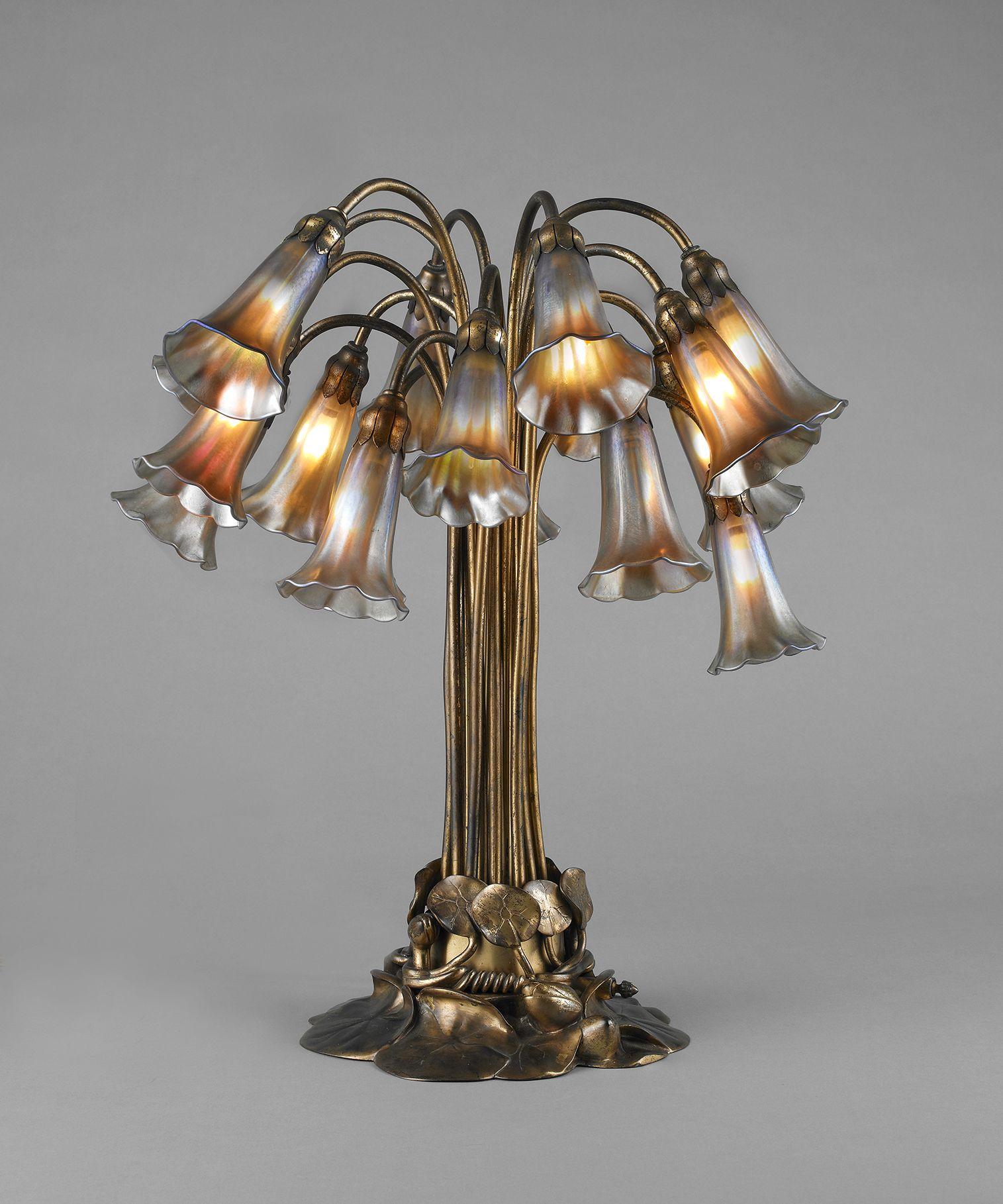 Tiffany Studios American Est 1902 Eighteen Light Lily
