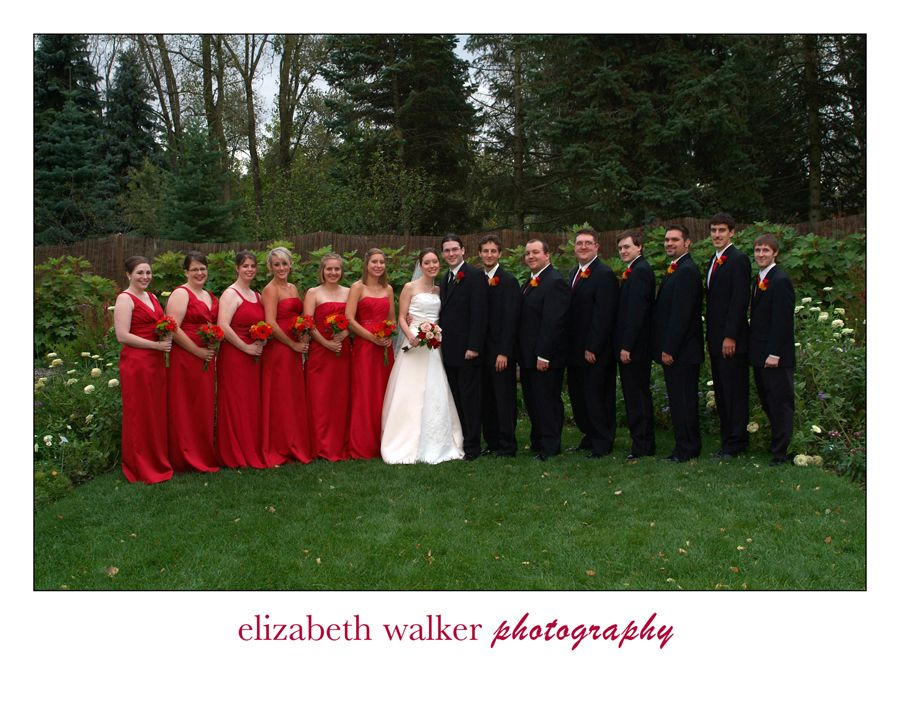 Another white, black and red wedding | Wedding Ideas | Pinterest ...