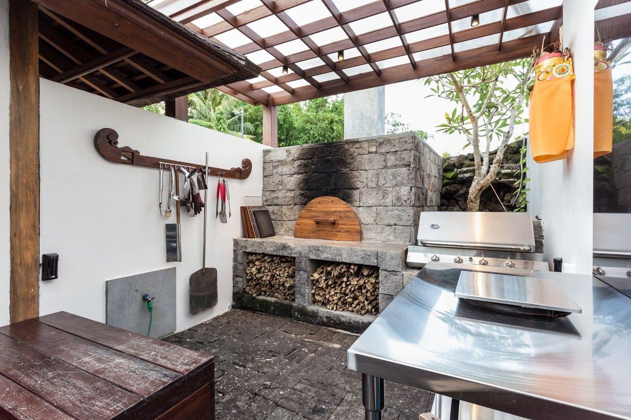 Village Luxury In Bali Outdoor Kitchen Outdoor Kitchen Design Pizza Oven Outdoor