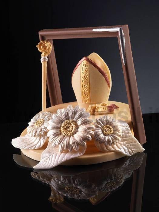 Tiara del vescovo e pastorale in cioccolato per decorare for Decorazioni torte per cresima