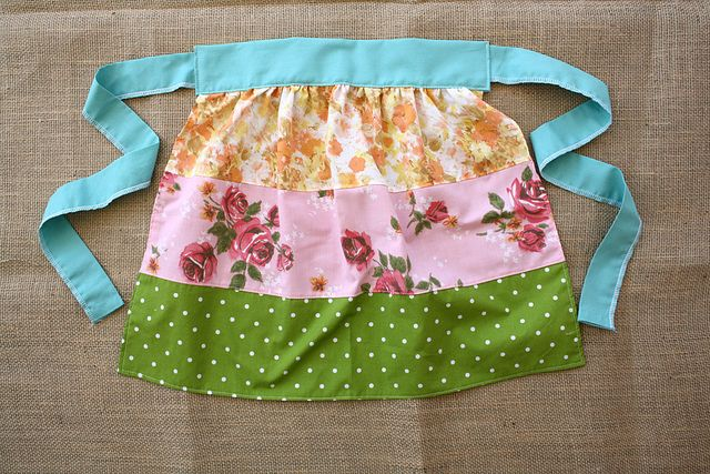 little girls half apron by sparklecandace, via Flickr