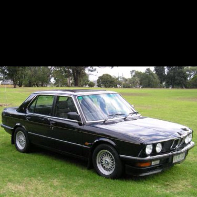 1982 Bmw 528i I Had A Beige One 5 Speed And Was Absolutely My Favourite Car Ever Bmw E28 Bmw 528i Bmw