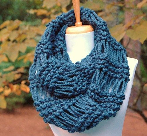 20aaae635be0c Chunky Knit Infinity Scarf in Denim Blue, Drop Stitch Scarf Lambs Wool |  PhylPhil - Knitting on ArtFire