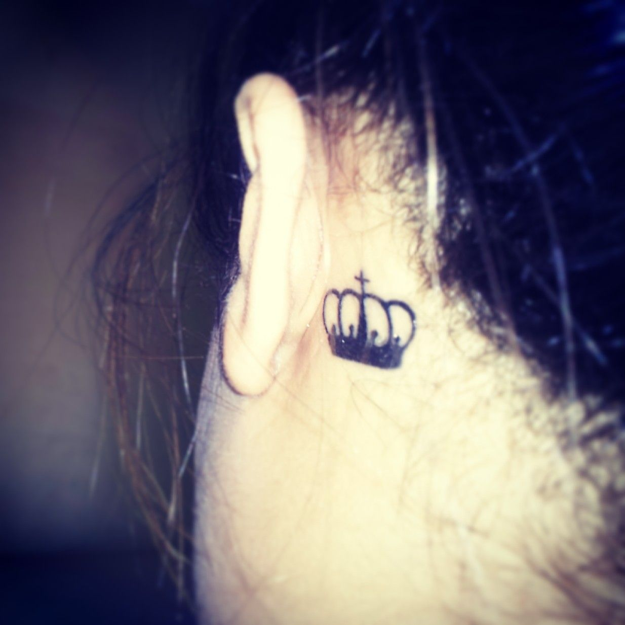 So in love with my crown tattoo! ♥   Meaning for the crown is that my name means 'crown/victory' in Greek.