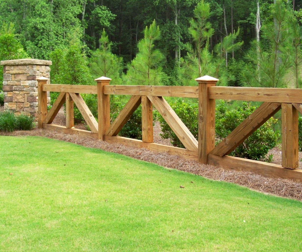 Custom ranch rail horse fence by mossy oak fence company for Timber fence design ideas