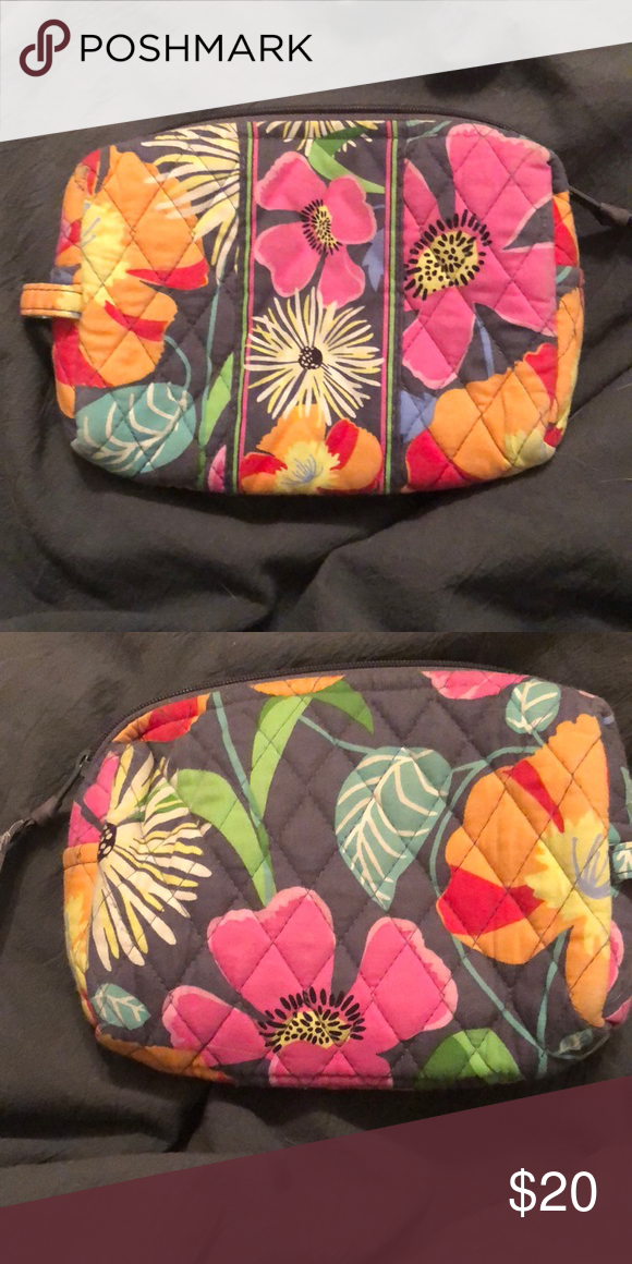 Vera Bradley Medium Cosmetic Bag In Jazzy Blooms
